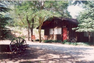 Lodging - Comfortable Cabins